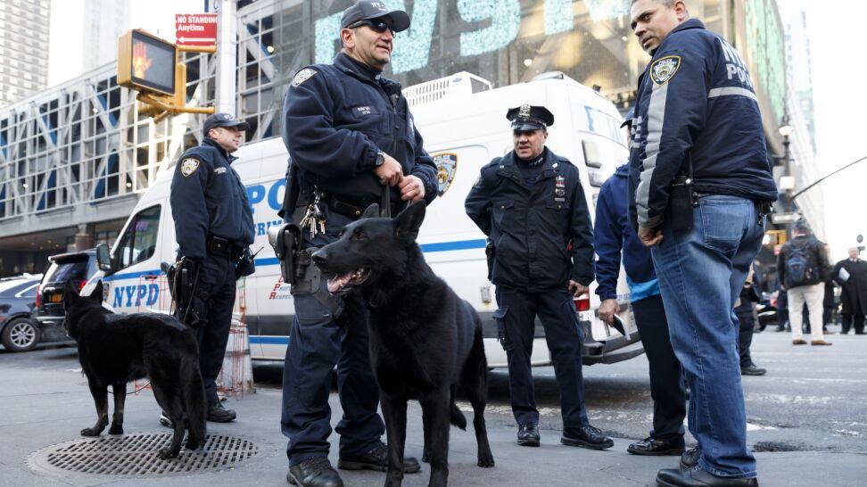 Próbował wysadzić się na dworcu na Manhattanie. Usłyszał zarzuty