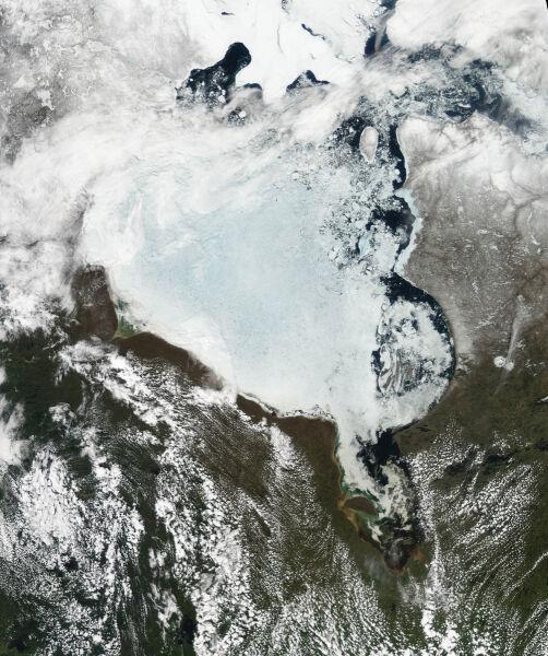 Zatoka Hudsona i okolice, oryginalny widok satelitarny z czerwca (NASA)